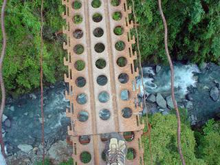 hanging_bridge_002