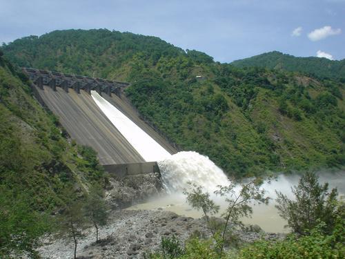 08 アンブックラオ・ダムの放水風景